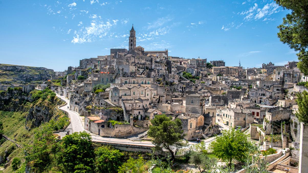 Ancient-Matera-Sassi_©-Bobbushphoto_iStock