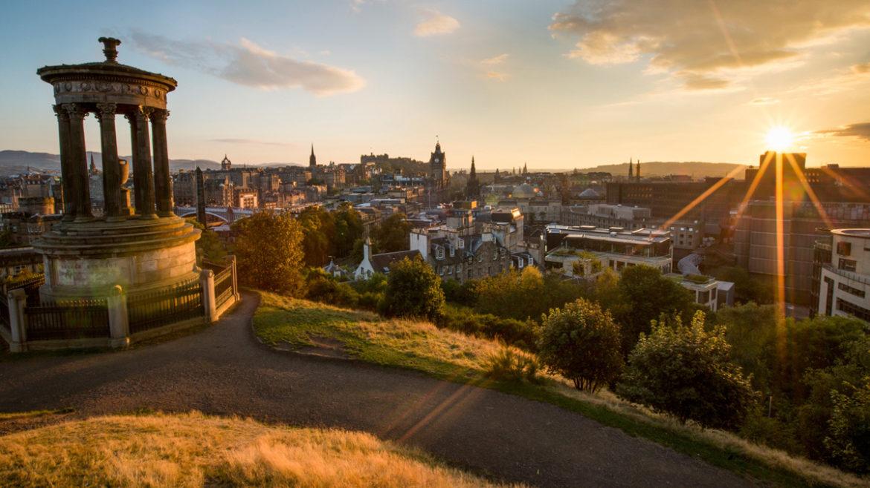 Sunset-in-Edinburgh_©-Xavier-Arnau_iStock