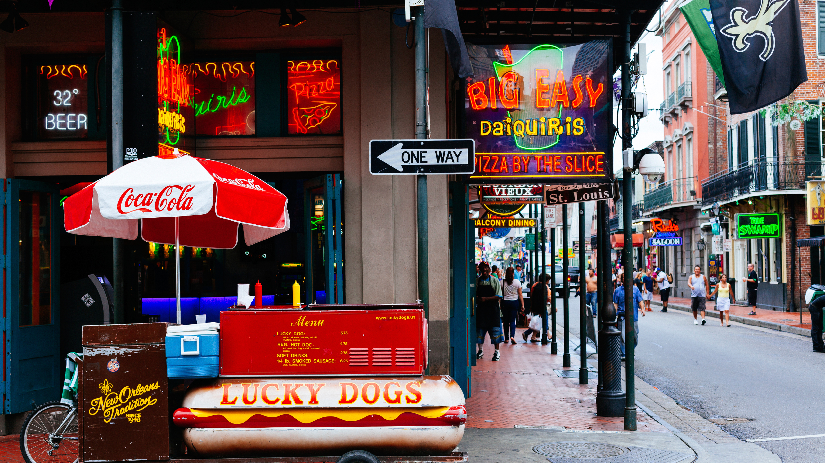 Bourbon Street www.istockphoto.com:photo:hot-dogs-stand-in-bourbon-street-new-orleans-usa-gm537274703-58146490?st=066e5ee