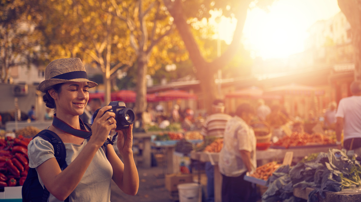 Capturing-life-in-a-foreign-city-iStock-pixdeluxe-www.istockphoto