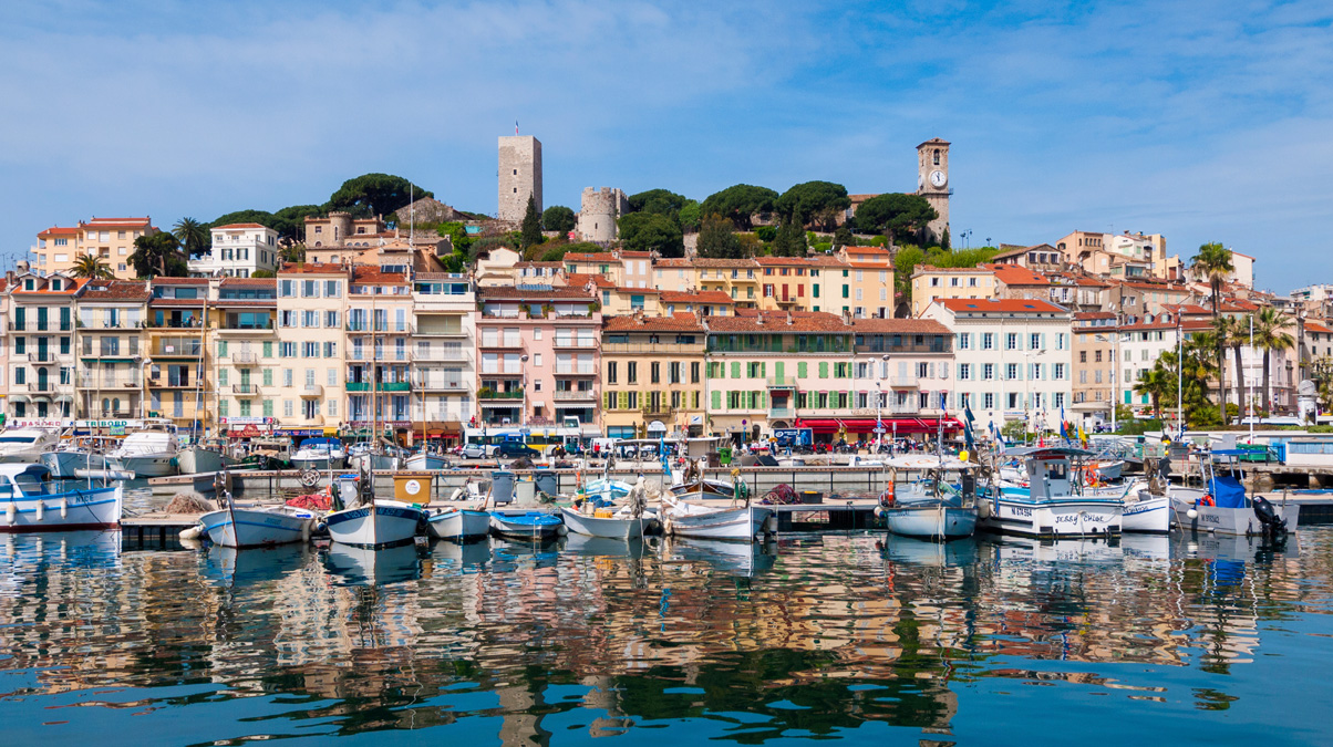Cannes-Waterfront-iStock-Holger-Mette-www.istockphoto.com_photo_cannes-waterfront-gm499208745-42720738