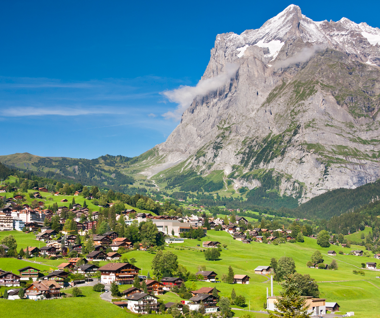 Grindelwald-And-Wetterhorn,-Swiss-Alps-iStock-MichaelUtech-www.istockphoto