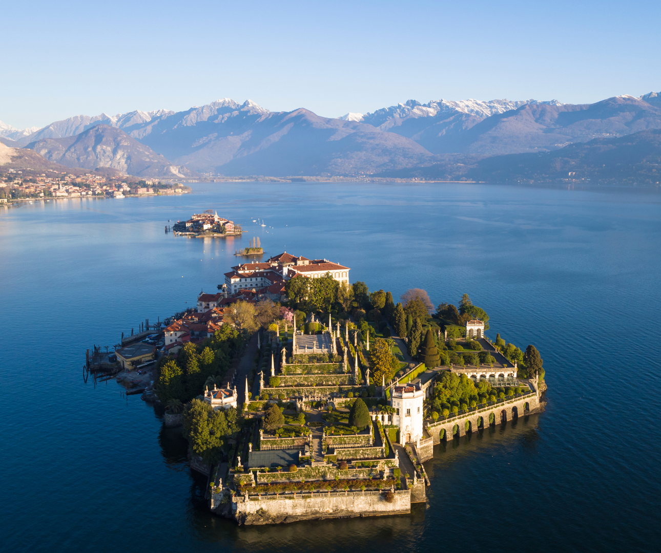 Isola-Bella-on-Lake-Maggiore-iStock-xenotar-www.istockphoto